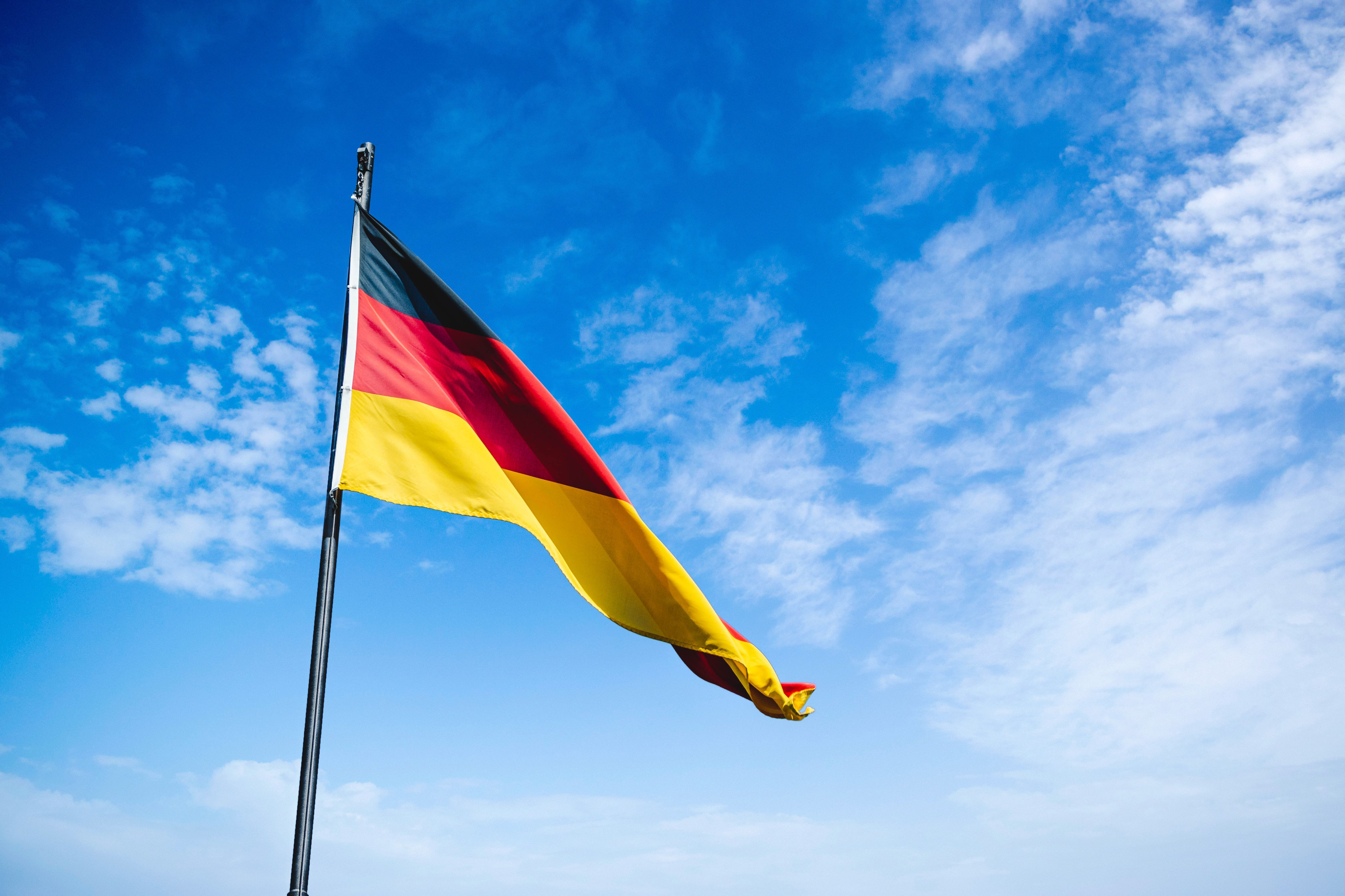 German July trade numbers portend slow recovery